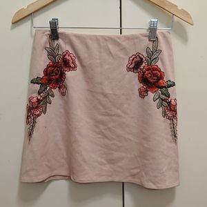 Temt pink skirt with embroidery, AU8